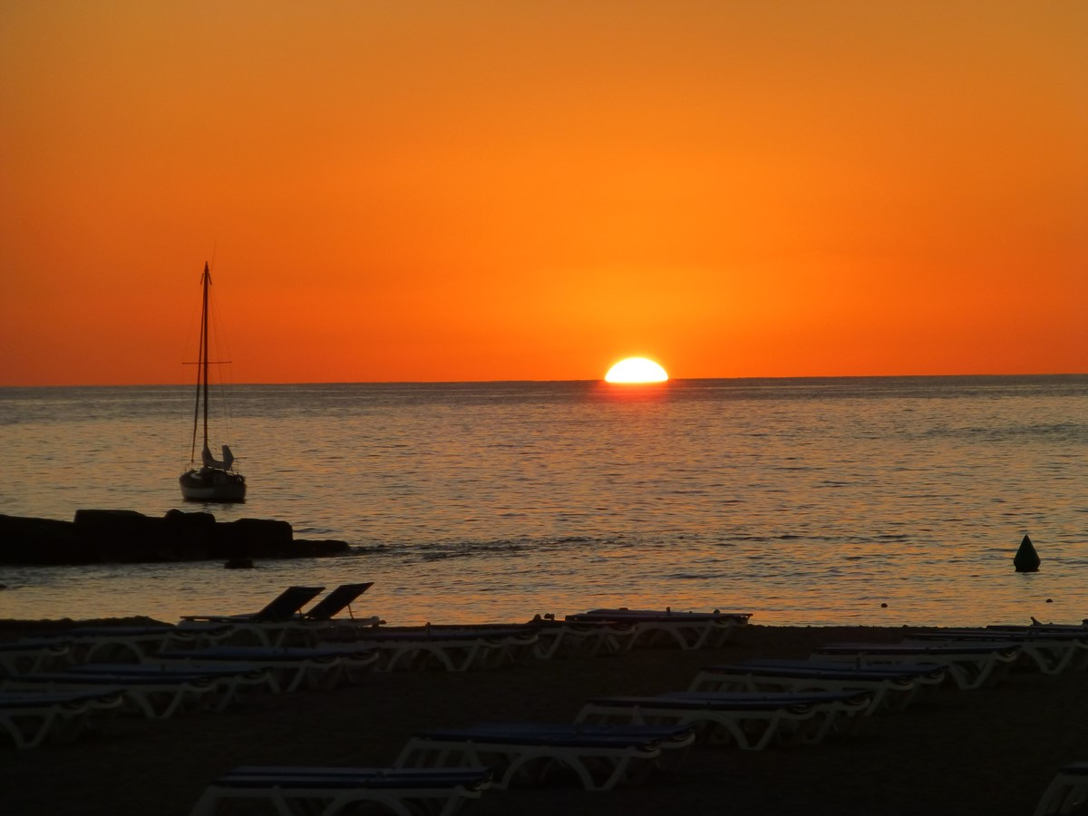 Las Vistas Beach Jan 20