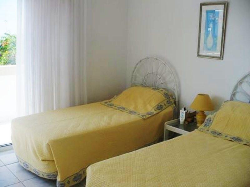 210 Dormitorio
