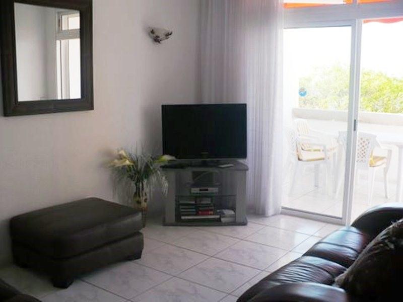 210 Tv Salon