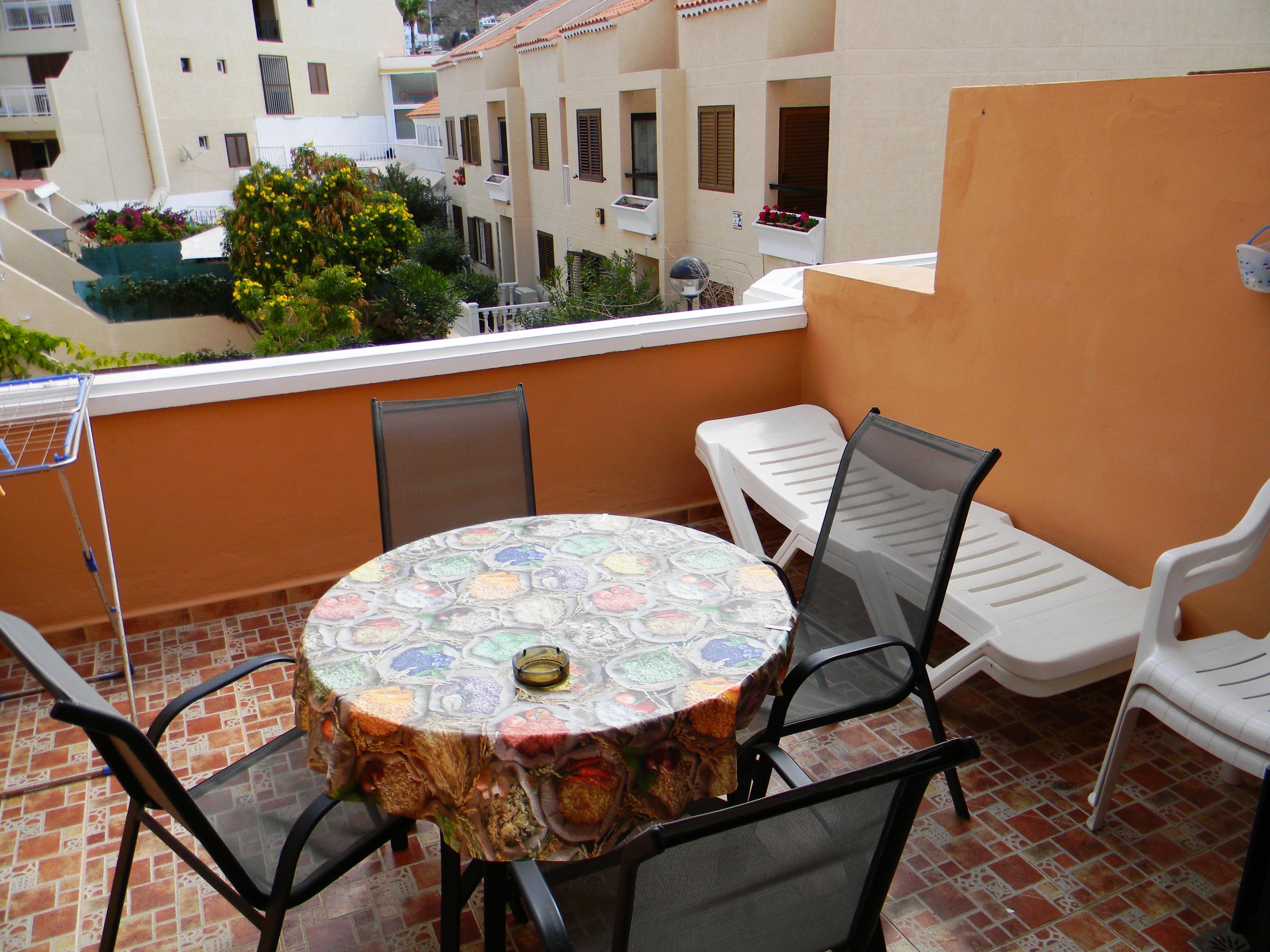 Studio Apartment (Ref 14), Tenerife Royal Gardens, Tenerife.
