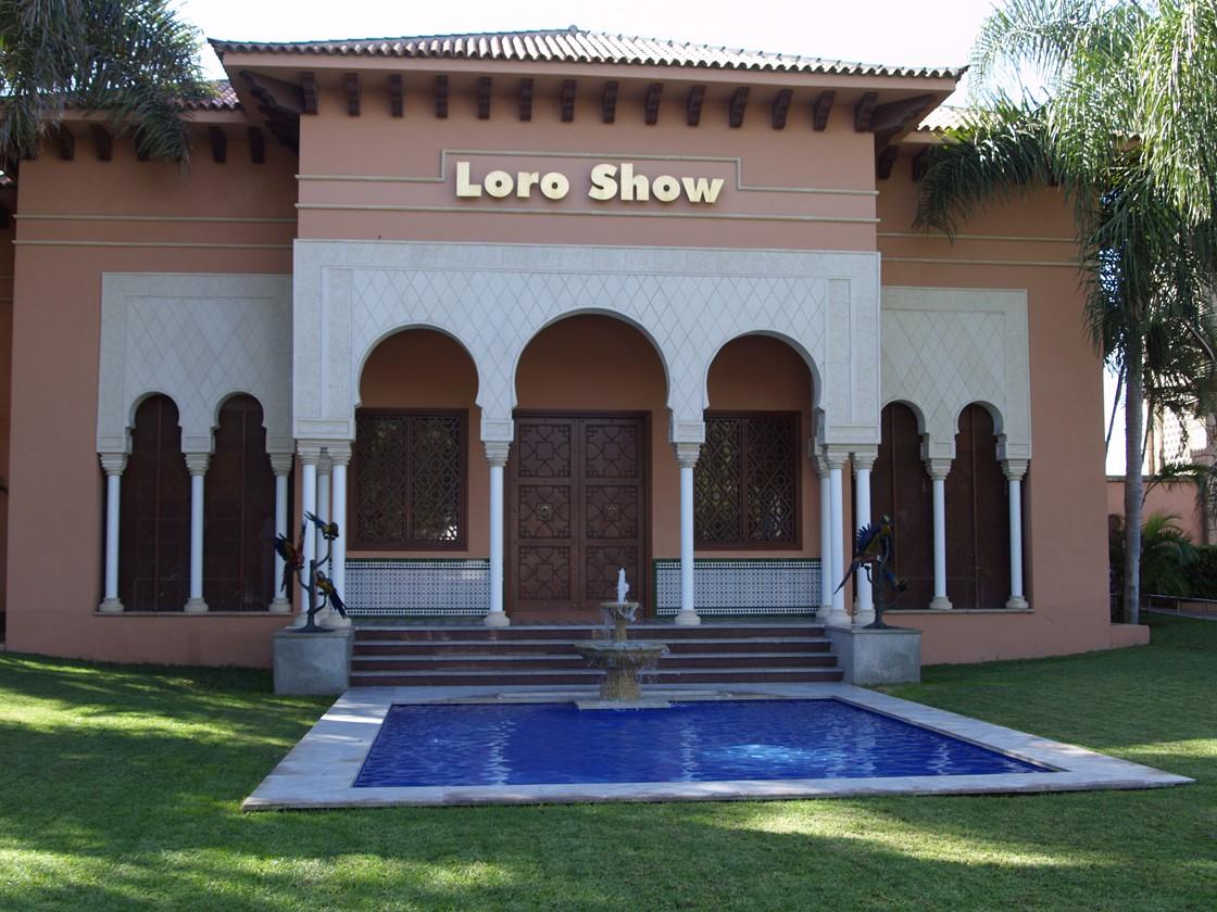 Lora Parque Dec 2007 72