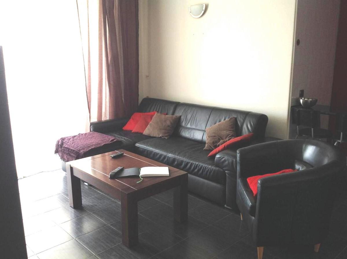 Lounge 1