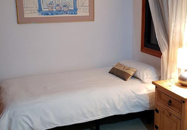 4 Bedroom Villa Ref 12 15