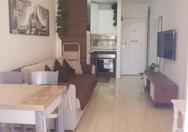 Lounge 6