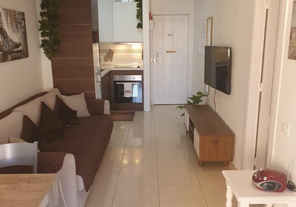 Lounge 10